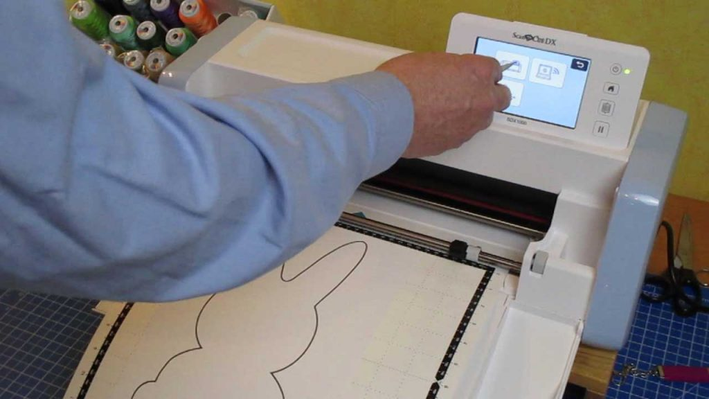 Schnittmuster auf der Maschine speichern