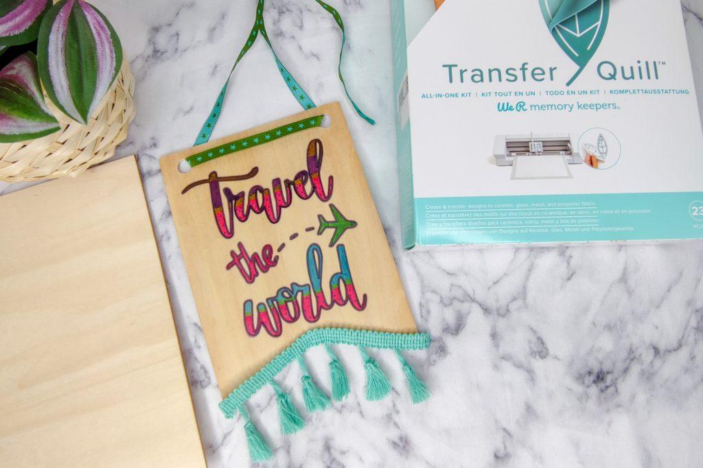 Holzwimpel mit Transfer Quill Design