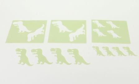 Dinos ausgeschnitten aus Esspapier