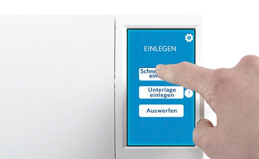 Der Touchscreen für die einfache Bedienung der SILHOUETTE CAMEO 2