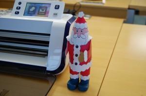 das kostenlose Design eines Weihnachtsmann mit der Brother Scan-N-Cut