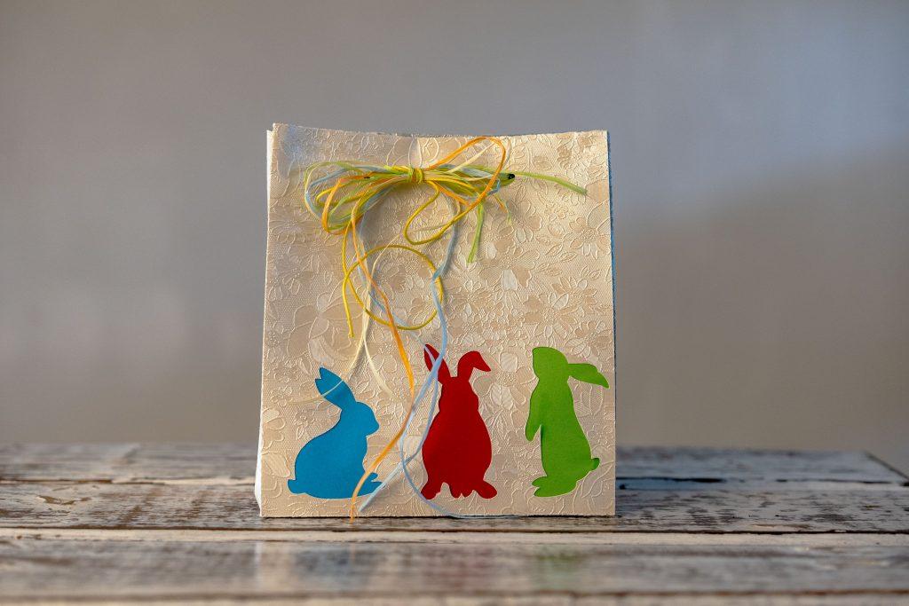 Individuelle Geschenktasche zu Ostern