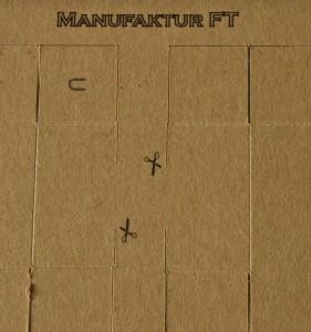 Modellkarton mit dem Hobbyplotter geschnitten und mit geprägten Falzkanten