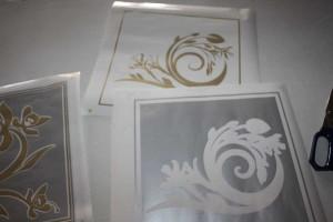 Fensterdekorfolie in den Farben Silber und Gold