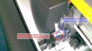 Werkzeughalter des Hobbyplotter CE6000-40 mit den zwei Positionen, vorne kann Fotokarton und Cardstock ohne Schneidematte geschnitten werden