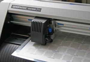 Hobbyplotter CraftROBO Pro im Einsatz (Detail)