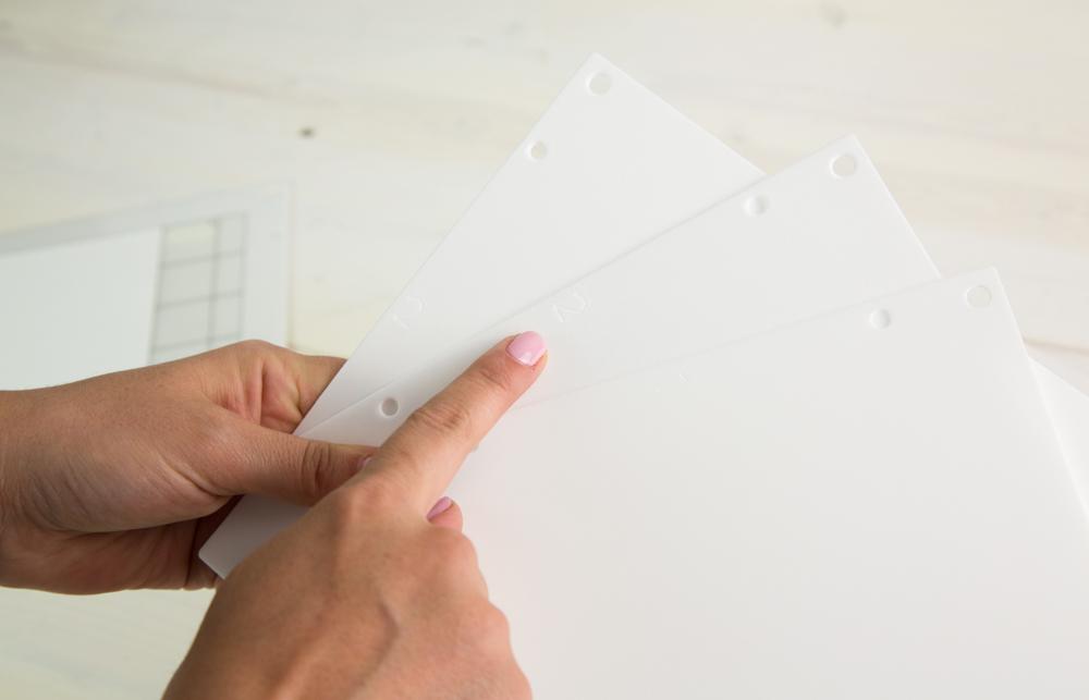 Je nachdem welches Material Sie verwenden, müssen Sie eine andere Anzahl an Plattformen für Ihre Silhouette Curio benutzen.