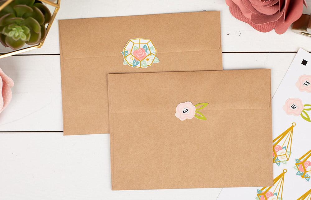 Mit der Silhouette Portrait 3 können Sie eigene Aufkleber im Handumdrehen erstellen.