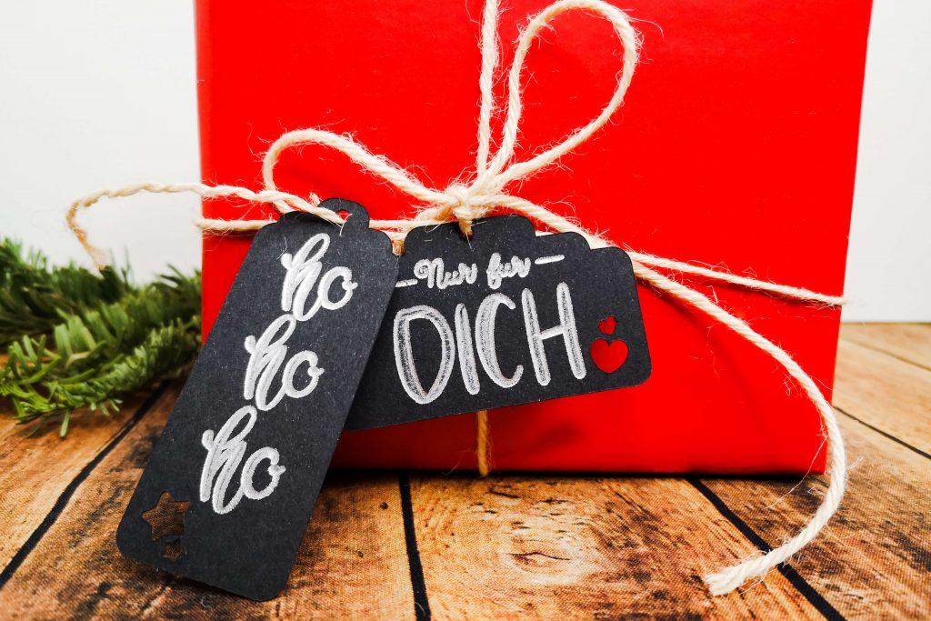 Geschenkanhänger beschriftet