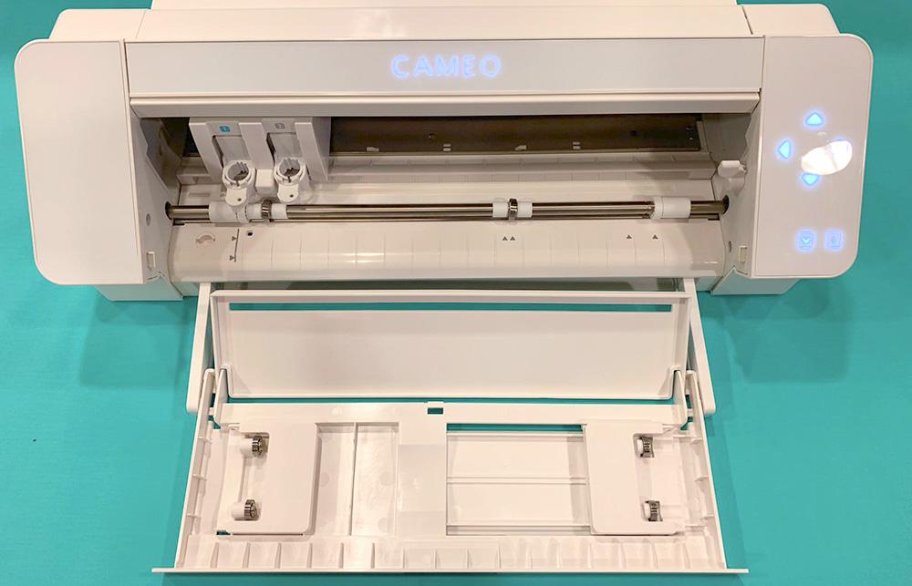 Schlichte Farben – Auch die SILHOUETTE CAMEO 4 wird im gewohnten weißen Design verfügbar sein.