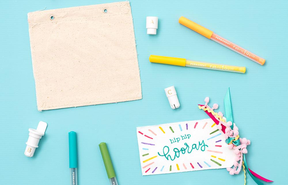 Die Fabric Quill Marker eignen sich bestens um auf Stoff zu schreiben und Zeichnen.