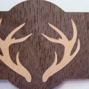 Fertiger Schlüsselanhänger aus Holzpapier von Silhouette