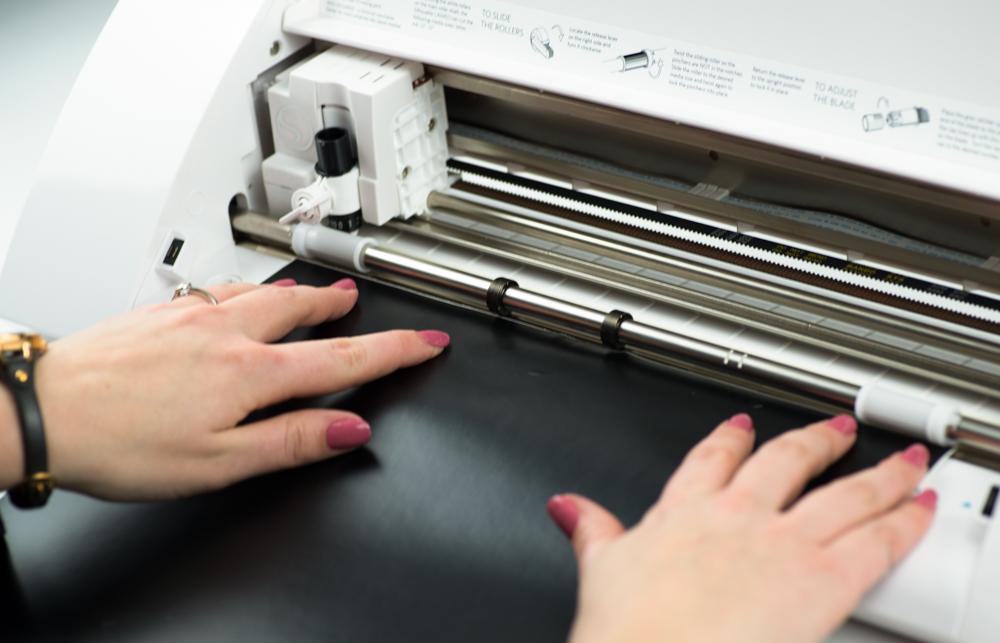 Bereiten Sie Ihr Material vor und laden Sie dieses in Ihre Maschine ein.