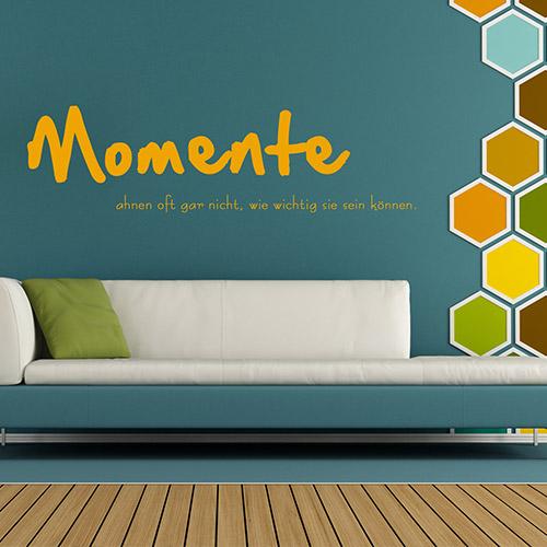 Flexibel und genau für Ihre Anforderungen – passen Sie Größe und Schrift udn Motiv für Ihre eigenen vier Wände an.